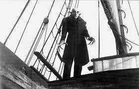 """Max Schrek in Friedrich Wilhelm Murnau's """"Nosferatu"""" (1922)"""